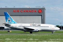 aircanadafunさんが、モントリオール・ピエール・エリオット・トルドー国際空港で撮影したファースト・エア 737-217/Advの航空フォト(飛行機 写真・画像)