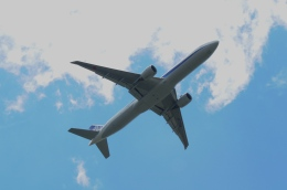gunmano_kumasanさんが、シアトル タコマ国際空港で撮影した全日空 777-381/ERの航空フォト(飛行機 写真・画像)