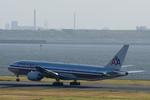 Severemanさんが、羽田空港で撮影したアメリカン航空 777-223/ERの航空フォト(写真)