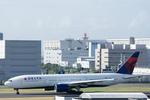 Severemanさんが、羽田空港で撮影したデルタ航空 777-232/ERの航空フォト(写真)