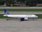Fuseyaさんが、ミネアポリス・セントポール国際空港で撮影したユナイテッド航空 A320-232の航空フォト(飛行機 写真・画像)