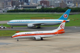 pringlesさんが、福岡空港で撮影した日本トランスオーシャン航空 737-446の航空フォト(飛行機 写真・画像)