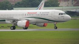 gomaさんが、ル・ブールジェ空港で撮影したスネクマ A320-212の航空フォト(飛行機 写真・画像)