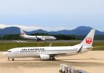 ふじいあきらさんが、広島空港で撮影した日本航空 737-846の航空フォト(飛行機 写真・画像)