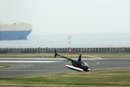 T.Sazenさんが、神戸空港で撮影した日本個人所有 R44 Clipper IIの航空フォト(写真)