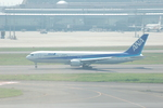 yanaさんが、羽田空港で撮影した全日空 767-381/ERの航空フォト(写真)