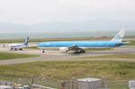 WING_ACEさんが、関西国際空港で撮影したKLMオランダ航空 777-306/ERの航空フォト(飛行機 写真・画像)