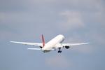 Kuuさんが、鹿児島空港で撮影した日本航空 777-346の航空フォト(飛行機 写真・画像)