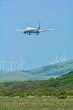 パンダさんが、稚内空港で撮影した全日空 767-381の航空フォト(飛行機 写真・画像)