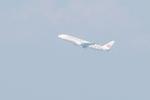 うすさんが、伊丹空港で撮影した日本航空 777-246の航空フォト(写真)
