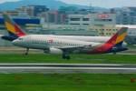 rjnsphotoclub-No.07さんが、福岡空港で撮影したアシアナ航空 A320-232の航空フォト(写真)