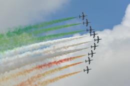 こずぃろうさんが、フェアフォード空軍基地で撮影したイタリア空軍 MB-339Aの航空フォト(飛行機 写真・画像)