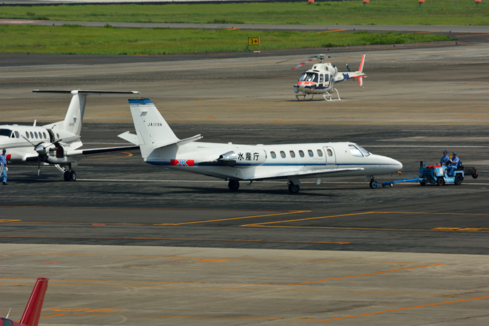 T.Sazenさんの中日本航空 Cessna 560 Citation V/Ultra/Encore (JA119N) 航空フォト