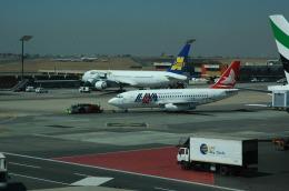 poohneanさんが、O・R・タンボ国際空港で撮影したモザンビーク航空 737-2K9/Advの航空フォト(飛行機 写真・画像)