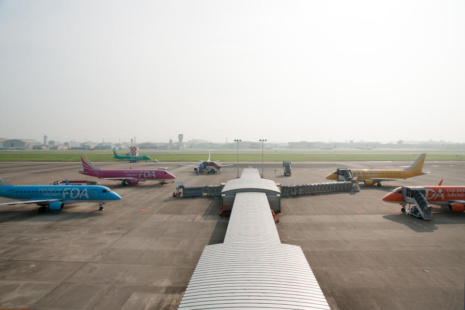 xxxxxzさんのフジドリームエアラインズ Embraer 175 (JA07FJ) 航空フォト