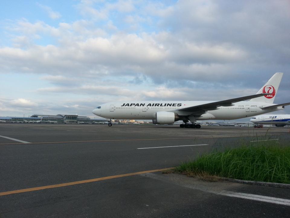 GE90777-300ERさんの日本航空 Boeing 777-200 (JA8979) 航空フォト