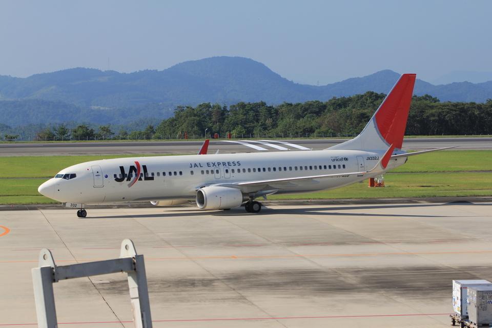 ふじいあきらさんのJALエクスプレス Boeing 737-800 (JA322J) 航空フォト