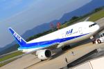 ふじいあきらさんが、広島空港で撮影した全日空 777-281/ERの航空フォト(飛行機 写真・画像)