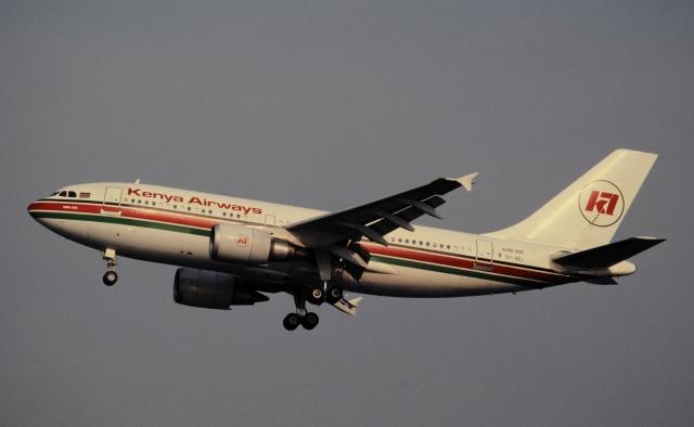 ケニア航空 Airbus A310-300 5Y-...