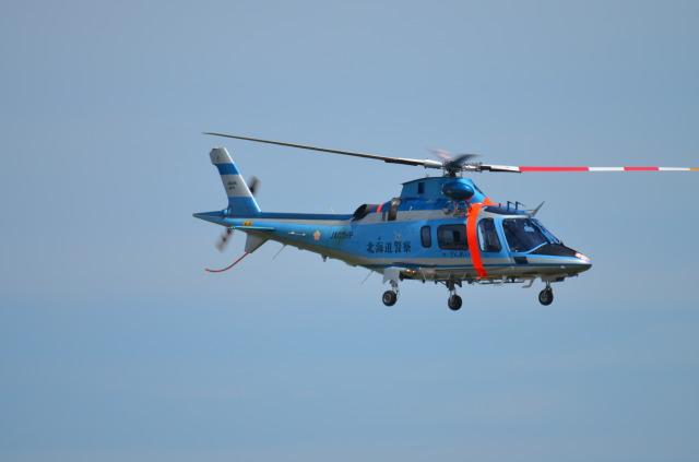 ヘリオスさんが、札幌飛行場で撮影した北海道警察 A109E Powerの航空フォト(飛行機 写真・画像)