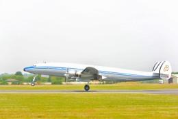 こずぃろうさんが、フェアフォード空軍基地で撮影したブライトリング・ジェット・チーム C-121C Super Constellation (L-1049F)の航空フォト(飛行機 写真・画像)