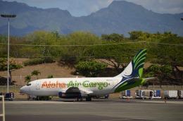 KIXベースのB747さんが、ダニエル・K・イノウエ国際空港で撮影したアロハ・エア・カーゴ 737-2X6C/Advの航空フォト(飛行機 写真・画像)