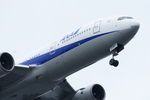 Severemanさんが、羽田空港で撮影した全日空 777-281の航空フォト(写真)