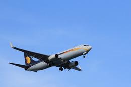 Piggy7119さんが、シンガポール・チャンギ国際空港で撮影したジェットエアウェイズ 737-85Rの航空フォト(飛行機 写真・画像)