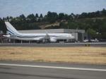 ヤマダ電機さんが、ボーイングフィールドで撮影したMLWアビエーション 757-256の航空フォト(写真)