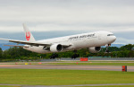 Dojalanaさんが、函館空港で撮影した日本航空 777-346の航空フォト(写真)