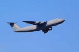 Gleimさんが、横田基地で撮影したアメリカ空軍 C-5B Galaxyの航空フォト(飛行機 写真・画像)