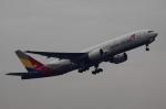Koenig117さんが、成田国際空港で撮影したアシアナ航空 777-28E/ERの航空フォト(写真)