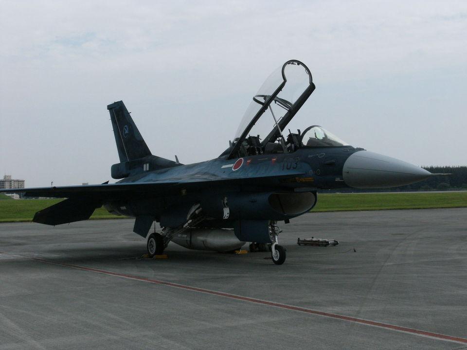 rjnsphotoclub-No.07さんの航空自衛隊 Mitsubishi F-2B (03-8103) 航空フォト