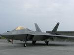 rjnsphotoclub-No.07さんが、横田基地で撮影したバージニア州ラングレー基地所属 F-22A-30-LM Raptorの航空フォト(写真)