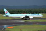 アイスコーヒーさんが、新千歳空港で撮影した大韓航空 777-3B5の航空フォト(写真)