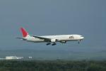 アイスコーヒーさんが、新千歳空港で撮影した日本航空 777-346の航空フォト(写真)