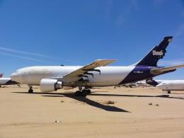 ZONOさんが、サザンカリフォルニアロジステクス空港で撮影したフェデックス・エクスプレス A310-203(F)の航空フォト(飛行機 写真・画像)