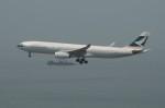 しんさんが、香港国際空港で撮影したキャセイパシフィック航空 A330-342の航空フォト(写真)