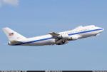 Peter Hoさんが、ニノイ・アキノ国際空港で撮影したアメリカ空軍 E-4B (747-200B)の航空フォト(写真)