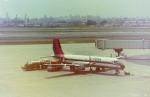 東亜国内航空さんが、伊丹空港で撮影した東亜国内航空 YS-11A-213の航空フォト(写真)