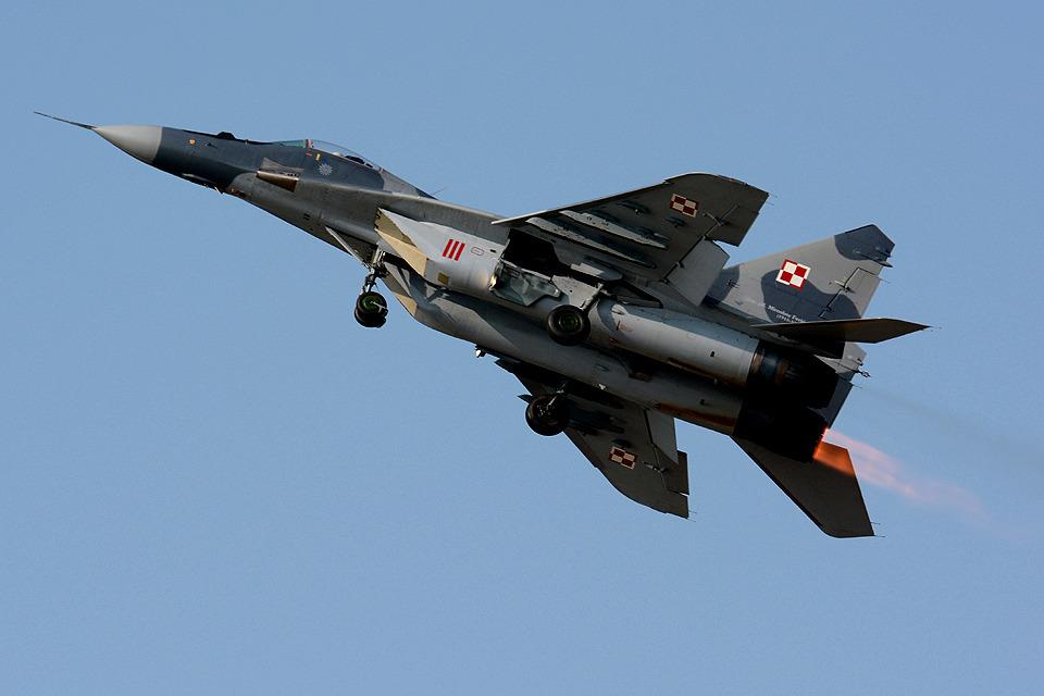 Tomo-Papaさんのポーランド空軍 Mikoyan MiG-29 (111) 航空フォト