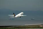アイスコーヒーさんが、神戸空港で撮影したスカイマーク 737-8HXの航空フォト(飛行機 写真・画像)