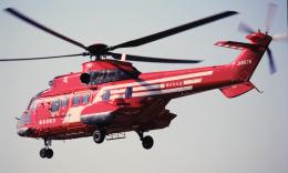 チャーリーマイクさんが、東京ヘリポートで撮影した東京消防庁航空隊 AS332L1 Super Pumaの航空フォト(飛行機 写真・画像)