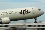 t!!!!!!さんが、鹿児島空港で撮影した日本航空 767-346の航空フォト(写真)
