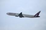 しんさんが、シンガポール・チャンギ国際空港で撮影したカタール航空 777-3DZ/ERの航空フォト(写真)