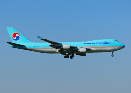 goldengoldsさんが、成田国際空港で撮影した大韓航空 747-4B5F/SCDの航空フォト(写真)