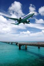 kinsanさんが、下地島空港で撮影した全日空 767-381の航空フォト(写真)
