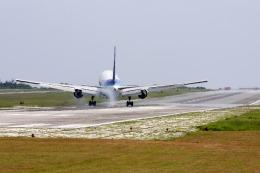 kinsanさんが、下地島空港で撮影した全日空 767-381の航空フォト(飛行機 写真・画像)
