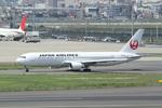 chalk2さんが、羽田空港で撮影した日本航空 767-346/ERの航空フォト(写真)