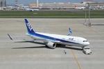 chalk2さんが、羽田空港で撮影した全日空 767-381/ERの航空フォト(写真)